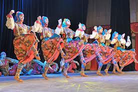 גואנגדונג להקת המחול המודרני מסין – בין הגוף לנפש – מאת תמי לוריא