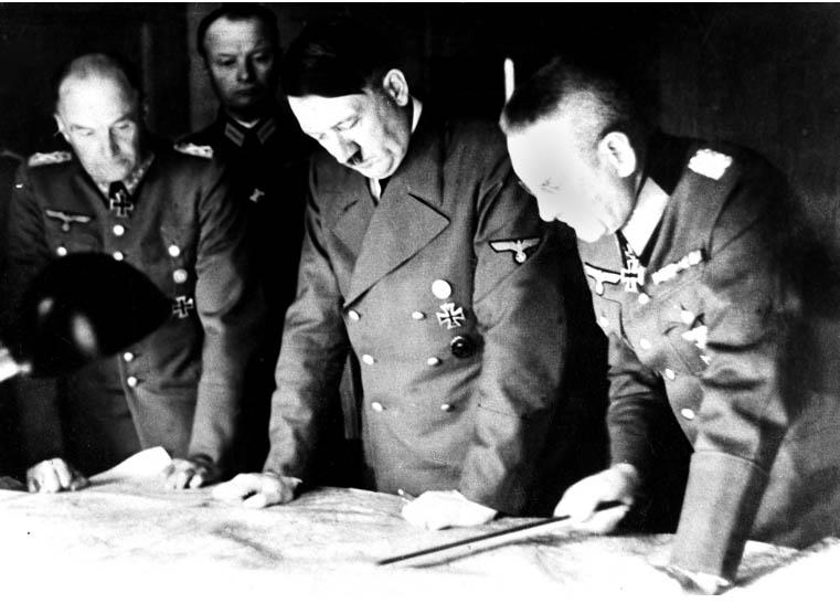 'בְּלוּמֶנְטְרִיט' – סיפור על הפיקוד העליון הנאצי במלחמת העולם השנייה מאת יונתן בן־נחום